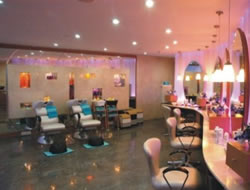 Beauty Salon in Torrance